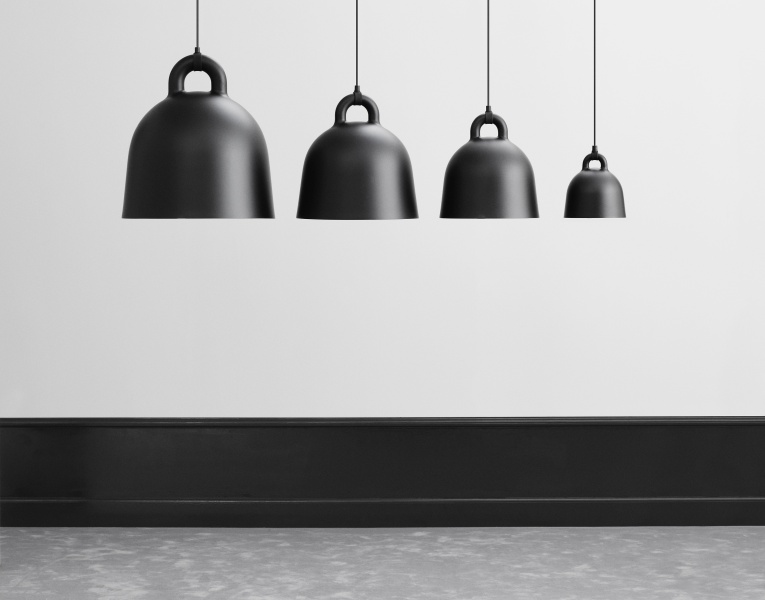 normann copenhagen bell lampe x small sort. Black Bedroom Furniture Sets. Home Design Ideas