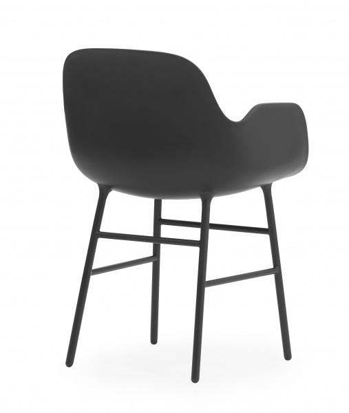 normann copenhagen form stol med armlener sort Barneklær